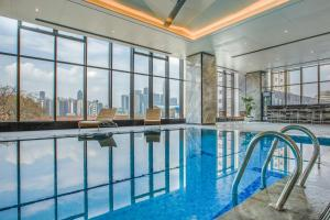 Chongqing C Plaza Hotel, Отели  Чунцин - big - 28