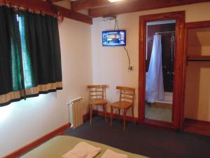 Hosteria Verena´s Haus, Penziony – hostince  Villa La Angostura - big - 6
