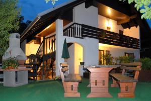 Apartments Florjana