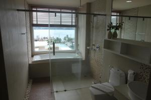 The Bay Cliff Suite, Appartamenti  Patong Beach - big - 4