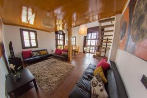 Apartamentos Galeria de Pintores Vivos