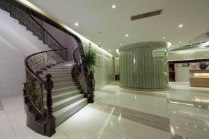 Ivan Hotel Guangzhou (Hanxichanglong)