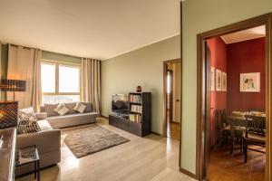 Downtown Milano, Apartments  Milan - big - 35
