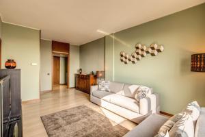Downtown Milano, Apartments  Milan - big - 10