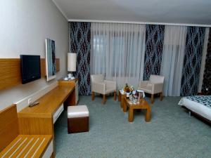 Отель Grand Nur Plaza - фото 7