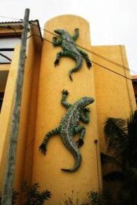 Condo Geckoman at Las Iguanas