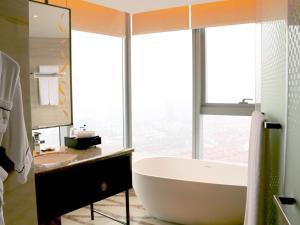 Sofitel Lianyungang Suning, Hotely  Lianyungang - big - 37