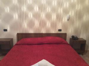 Hotel Lorena, Szállodák  Arcidosso - big - 20