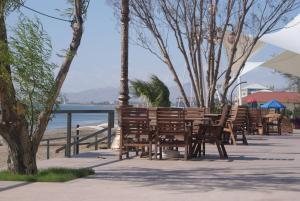 Курортный отель Crescent Beach - фото 17