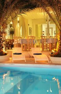 Alesahne Beach Hotel (Kamari)