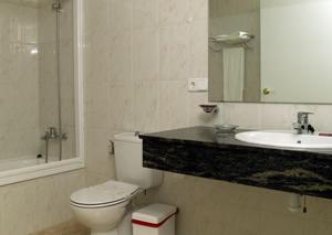 Hotel Roca Plana, Hotely  L'Ampolla - big - 3