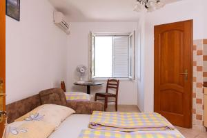 Apartments Villa Supertom, Ferienwohnungen  Povljana - big - 6