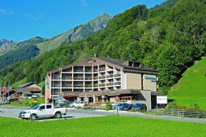 Hotel Sardona, Hotel  Elm - big - 73