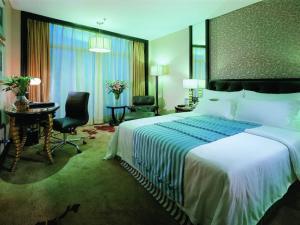 Silver World Garden Hotel