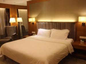 Yazun Hotel