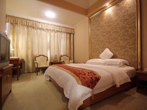KB-Crown Hotel