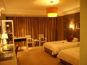 (Jiazhou Business Hotel)