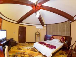 Xishuangbanna Lanzhu Villa Hotel