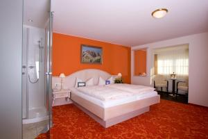 Executive Double Room (2 adults + 1 child)
