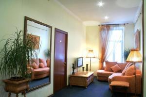 Krysha Hotel