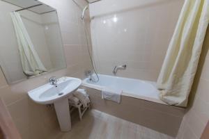 Hotel Akouas, Hotels  Meknès - big - 18