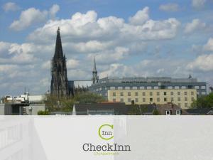 CheckInn City Apartments