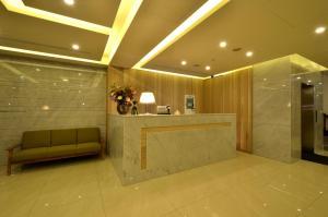 Тайбэй - Plus Hotel
