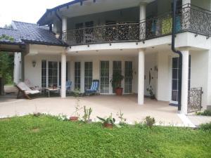 Guest House Edina Visoko, Penzióny  Visoko - big - 25