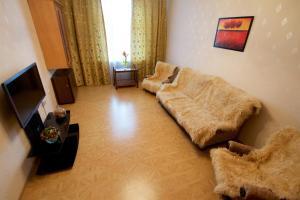 Apartment on Tipanova 7