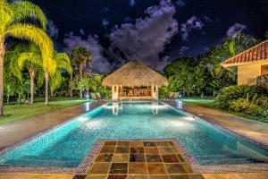 Casa Las Brisas - Luxury Living