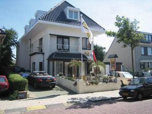 Hotel / Pension Villa Tanahlot(Zandvoort)