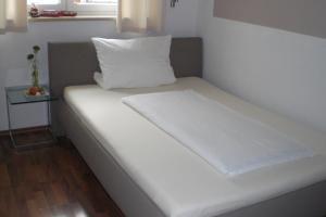 Hotel Villa Rosa, Hotels  Allershausen - big - 12