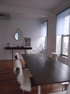 Stylish Spacious 4 bedroom LOFT, Sleeps 10