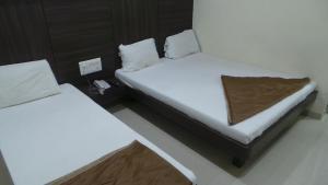 雙子酒店 (Hotel Gemini)
