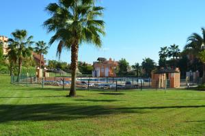 Casares Del Sol 30, Appartamenti  Estepona - big - 82