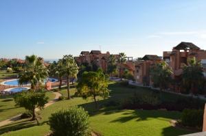 Casares Del Sol 30, Appartamenti  Estepona - big - 3