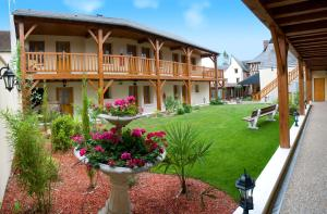 Hôtel De Normandie, Hotels  Conches-en-Ouche - big - 1