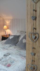 Le Clos De La Roche, Bed & Breakfast  Goven - big - 6