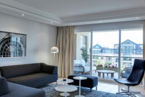 401 Apartment
