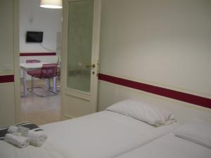 Iron Bridge Accommodation, Aparthotels  Rome - big - 17