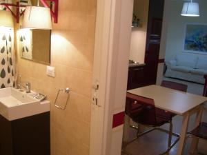 Iron Bridge Accommodation, Aparthotels  Rome - big - 9