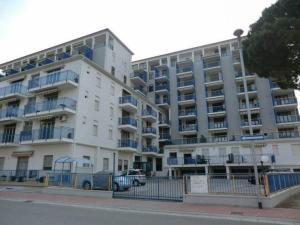 One-Bedroom Apartment in Lido delle Nazioni I
