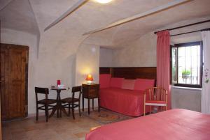 Hotel Ristorante La Font, Hotely  Castelmagno - big - 11