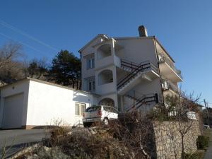 One-Bedroom Apartment in Senj IV