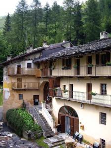 Hotel Ristorante La Font, Hotely  Castelmagno - big - 31