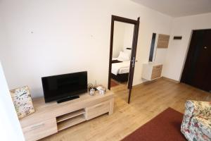 Apartments Kolonija - фото 11