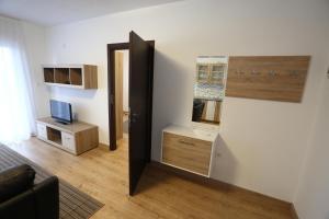 Apartments Kolonija - фото 15