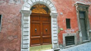 Capranica Apartment