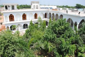 STARiHOTELS Khajuraho Temple View