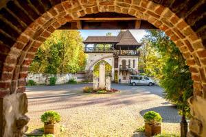 Парк-Отель Древний Град, Львов
